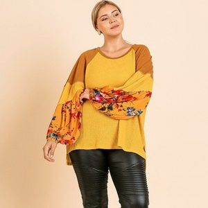 🌸🍁fall must-have🍁plussize!FLORAL PRINT KNIT TOP